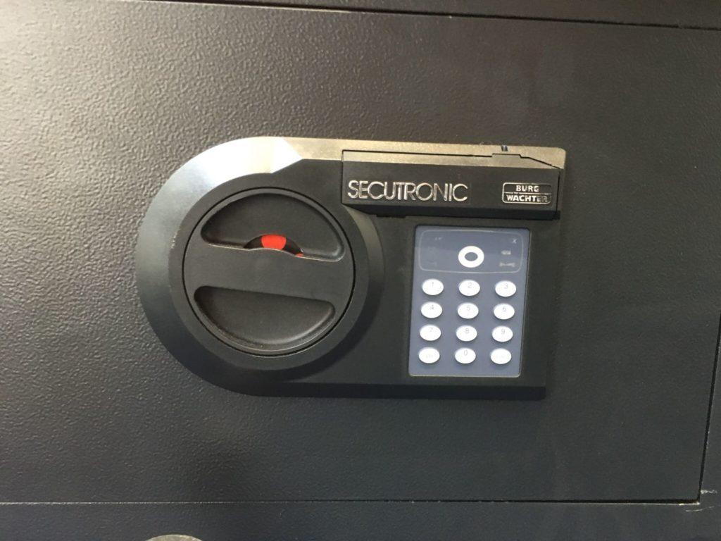 door-repair-specialists-glasgow-1024x768