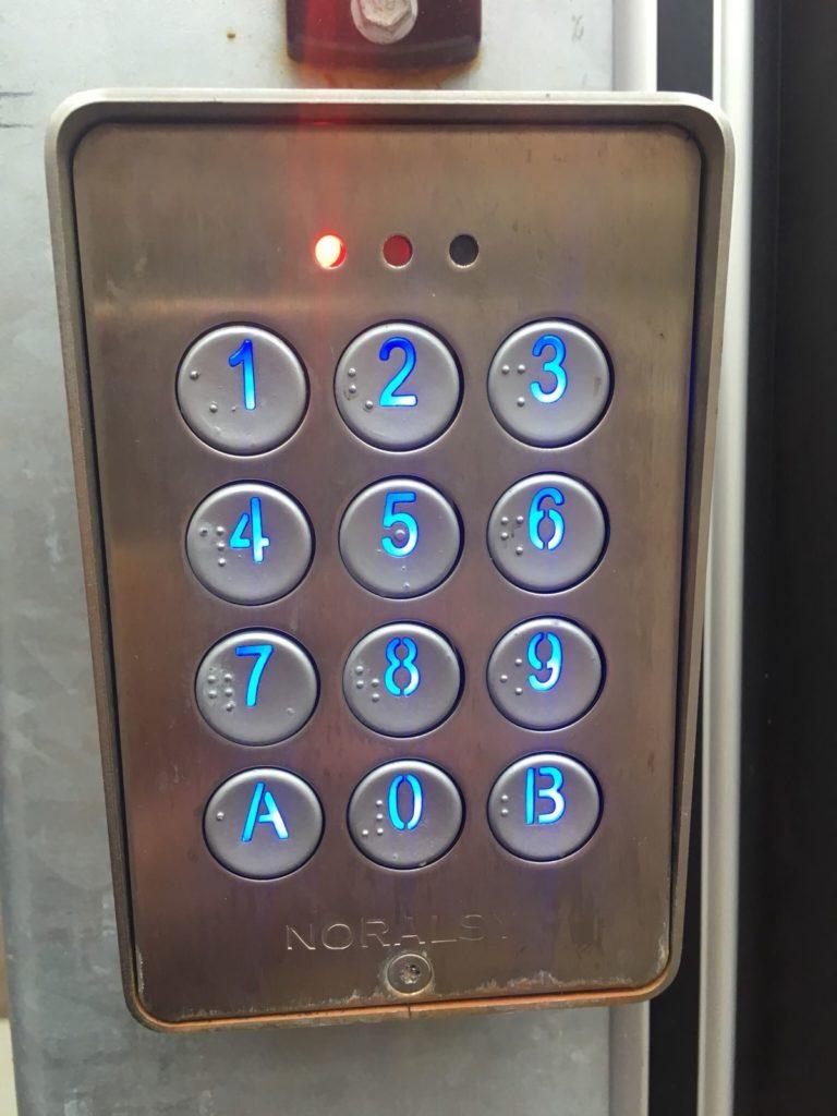 locksmith-company-glasgow-768x1024