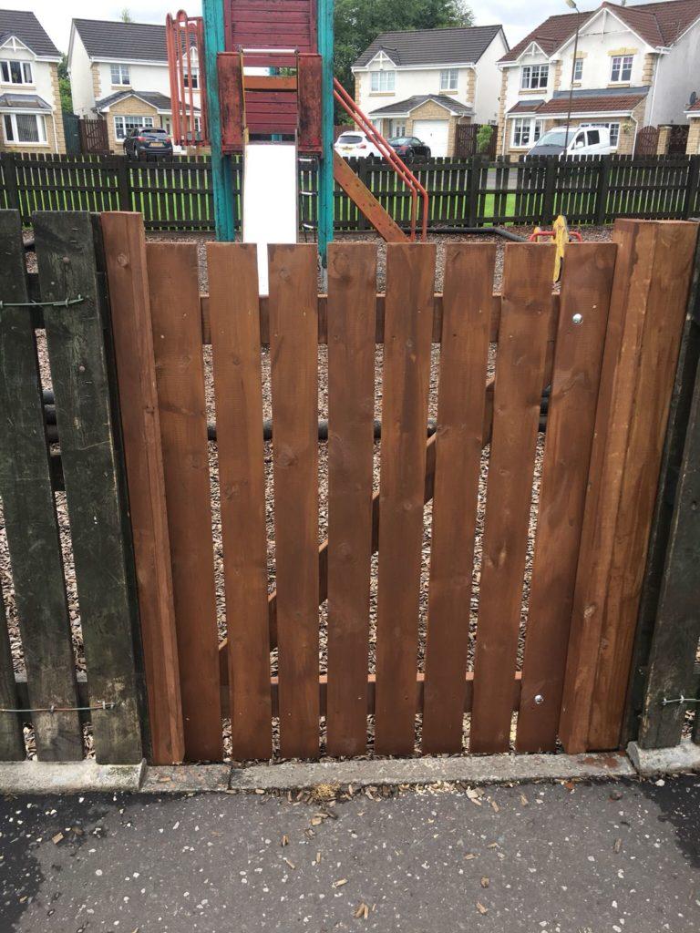safe-lock-repairs-glasgow-768x1024