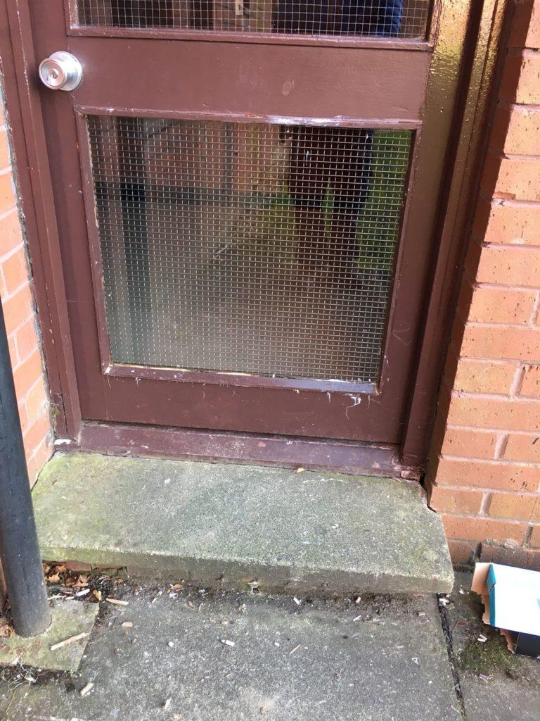 timber-door-repairs-glasgow-768x1024